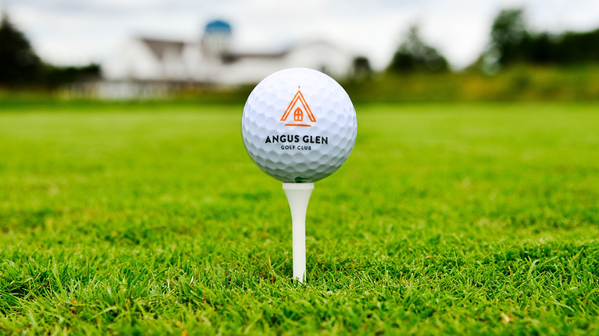 angus glen golf ball