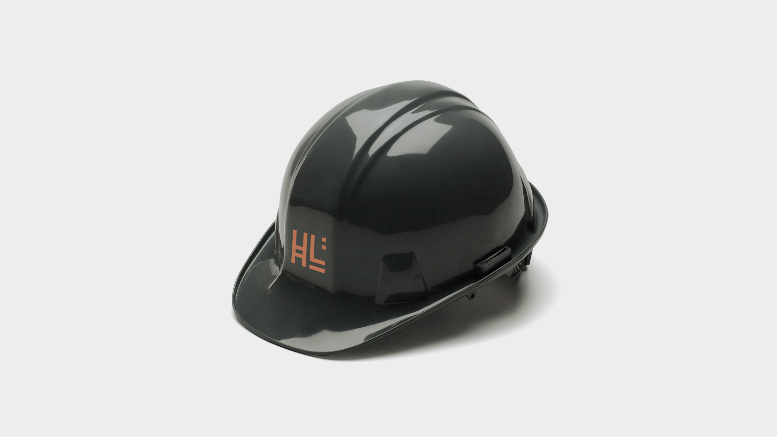 black construction hat